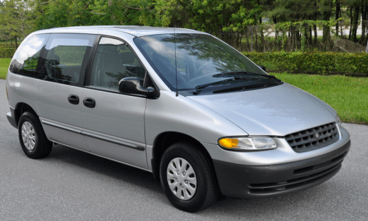2000 Plymouth Voyager base 3-doorP