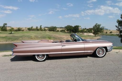 Cadillac 1961 convertible