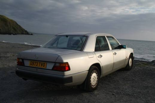 Mercedes W124 ocean