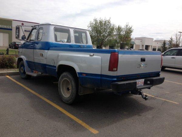 Chevrolet van truck 2