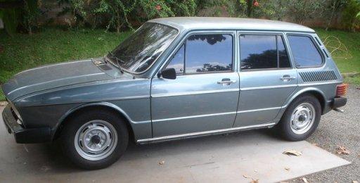 VW Brasilia 4_portas