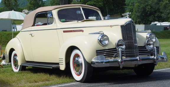 Packard  110 1942 pic-49084