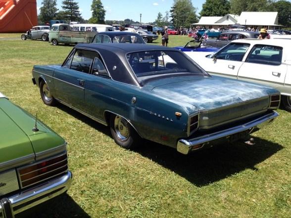 11. 1970 Chrysler Valiant coupe