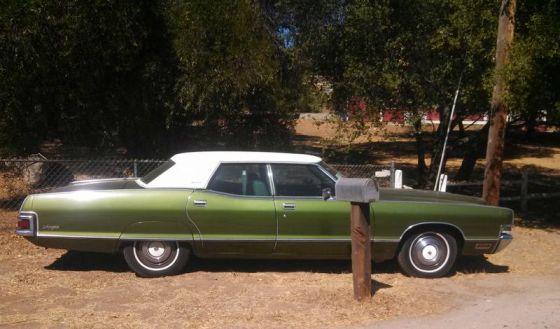 Mercury 1972 Marquis side