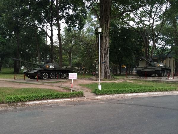 600 Tanks