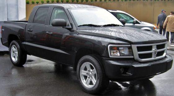 800px-2008_Dodge_Dakota