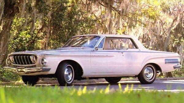 Dodge_1962_Polara_500