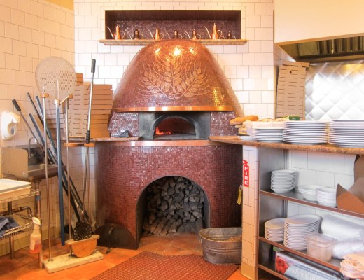 wood-fired-pizza-chicago