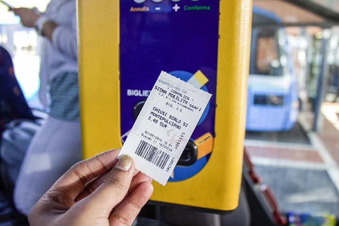 validating bus ticket italy