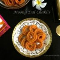 Moong Dal Chaklis/Deep Fried Indian Savory Spirals