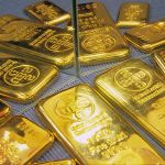 800px-UBS_gold_bars_with_mirrors