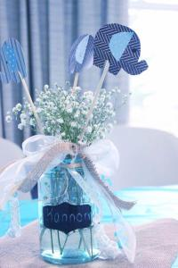15 Easy-To-Make Baby Shower Centerpieces and Decoration Ideas!