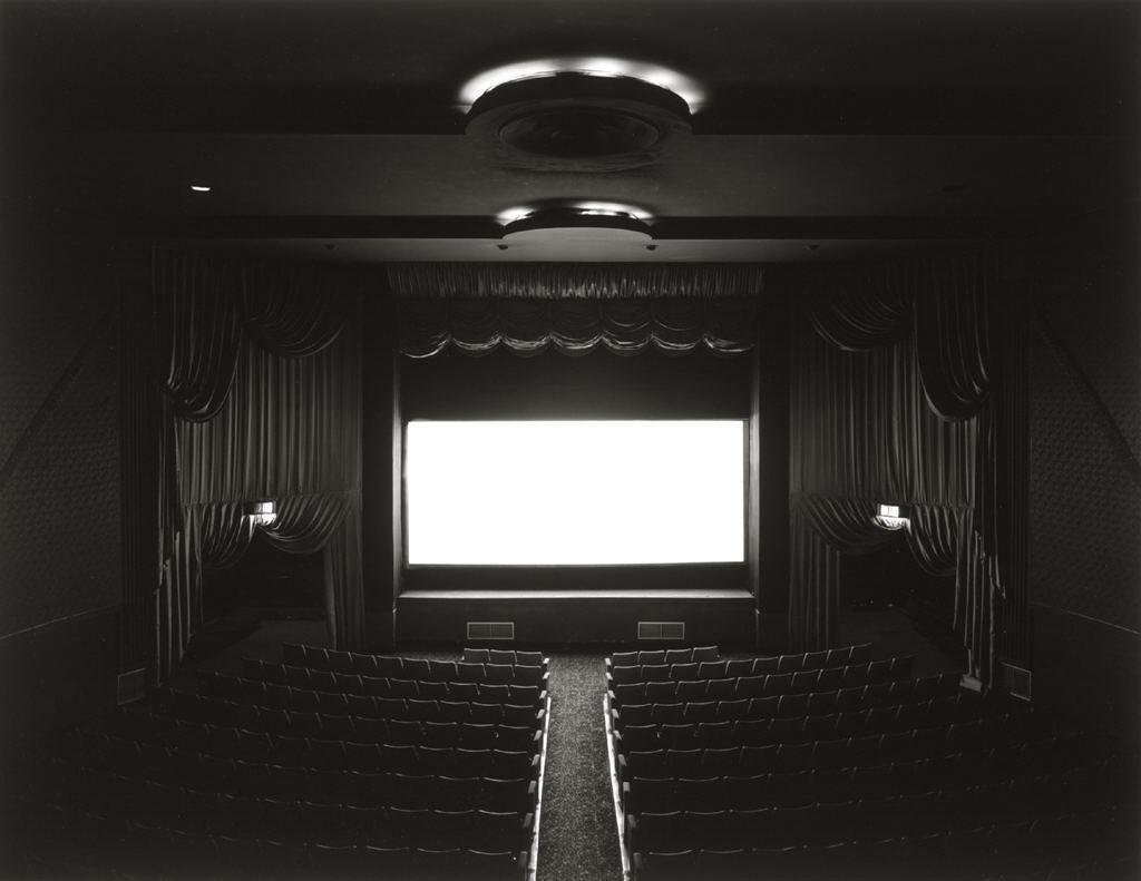 sugimoto-trylon-theatre-new-york-1976