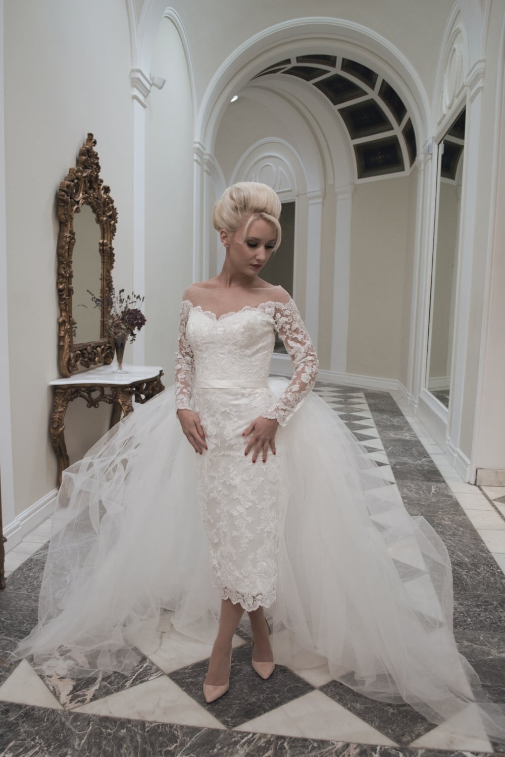 new arrival tulle short wedding dresses with detachable train long sleeve b short fitted wedding dresses White Long Sleeve Detached Wedding Dresses High