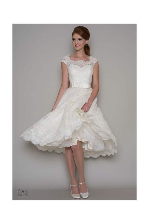 Medium Of Lace Wedding Dress With Sleeves