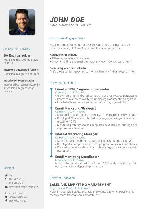 Create your professional CV in 3 simple steps CV-Template