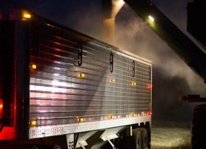 chippewa-valley-grain-transport-grain-hopper-unloading-at-night