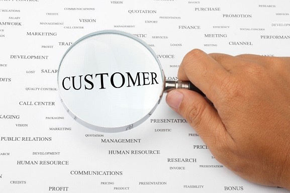 The Best Way to Achieve Customer Focus - Jeff Toister -