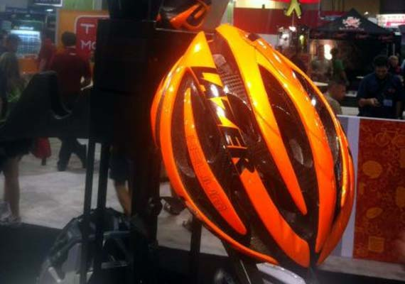 Cycleboredom | Poached Interbike: Randomness & Shiny Objects - Lazer Helium Blazing Orange