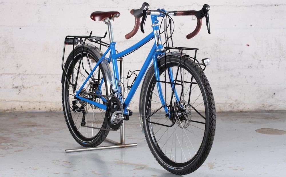 This Victoire Voyage Touring Bike Is Modern Yet Elegant