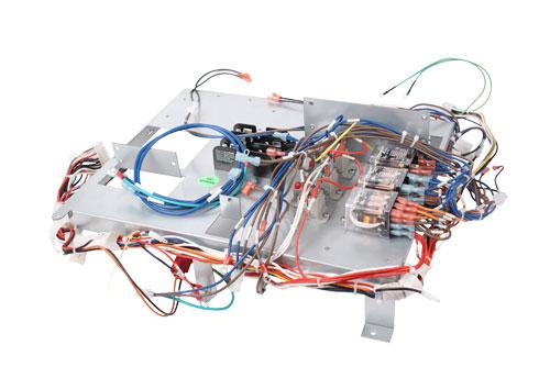 Custom wire harnesses, wire harness design, wire harness assembler