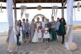 Ρώσοι δημοσιογράφοι κατενθουσιασμένοι από το γαμήλιο προιόν Αγίας Νάπας