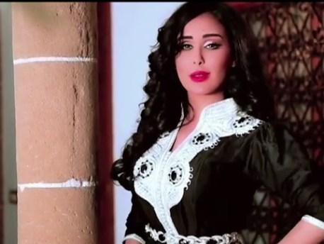 الفنانة وئام الدحماني تصور فيديو كليب جديد بورزازات