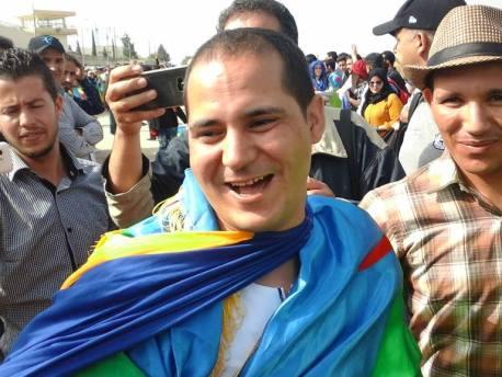 مقال تفاعلي متجدد: بعد تسع سنوات سجنا مصطفى اوسايا يعانق الحرية