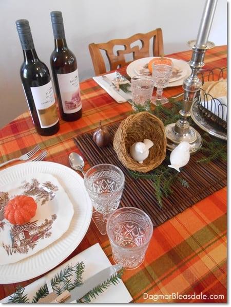 Easy DIY Thanksgiving table setting idea