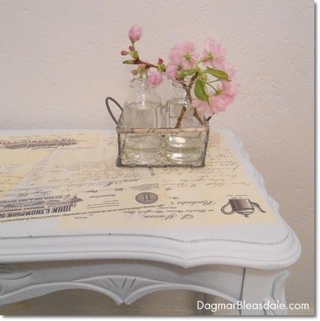 Dagmar's Home: DIY Mod Podge table with vintage letters