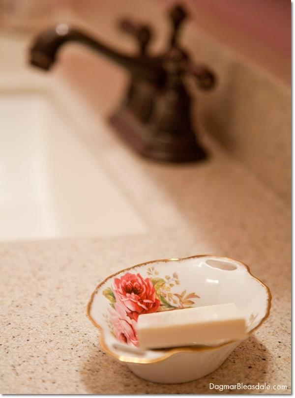 vintage rose soap dish in cottage baathroom