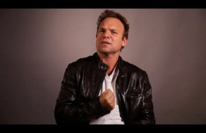 Watch Norbert Leo Butz Sing 'Fight the Dragons' from the New Broadway Musical, 'Big Fish'