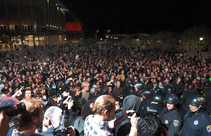 A crowd of protesters fill Sproul Plaza at around 10:30 PM.