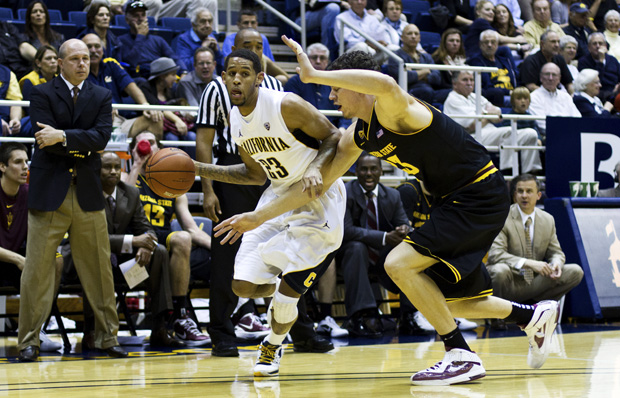 Sophomore guard Allen Crabbe scored a game-high 19 points on Saturday.