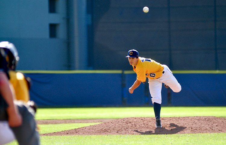 Sophomore lefty Michael Theofanopoulos did not make an out, giving up a hit and two earned runs in the sixth inning of the 9-6 loss to ASU on Sunday.