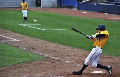In the third frame, Mitch Delfino hit a double to send Tony Renda home to give the Bears a 2-0 lead.