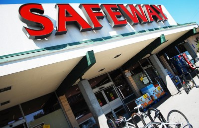 The Safeway on College and Claremont has finally reached a settlement regarding the renovation plans.