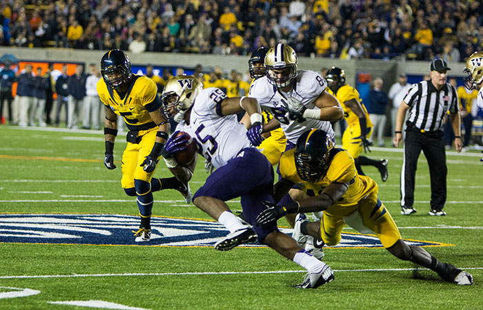 The Bears are looking to start a winning streak with three games left in the season. Cal taking on Washington at Memorial Stadium.