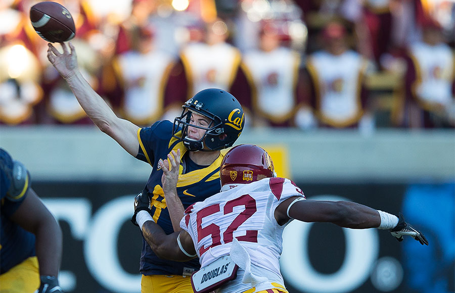Cal quarterback Zach Kline passed 1-for-3 in the 62-28 loss to USC on Nov. 9.