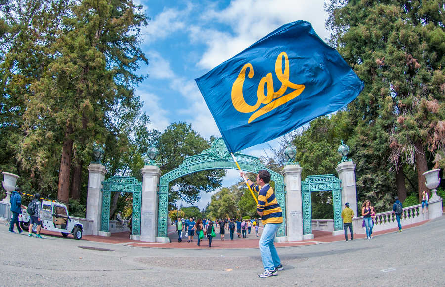 Cal-Spirit-flag-sproul_MDrummond
