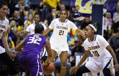 WomensBasketball_Washington_AHayat2