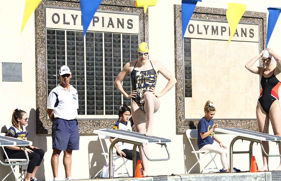 Missy Franklin awarded Honda Cup as best female college athlete