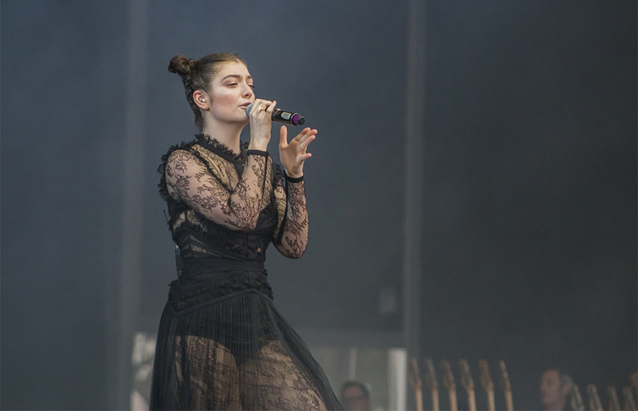 Lorde Does Intimate Reimagined Performance Of 'Melodrama'