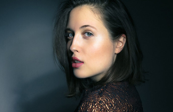 Alice Merton sets her roots in August Hall for Mint