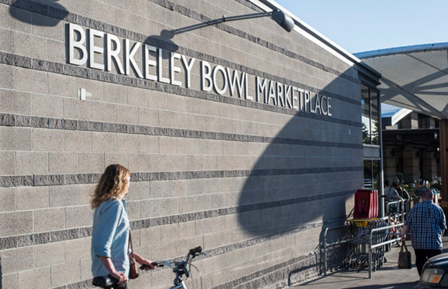Outside view of Berkeley Bowl Marketplace
