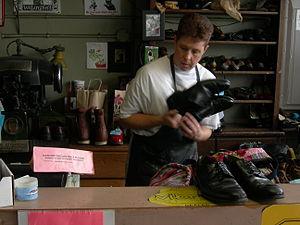 Swanson Shoe Repair (founded 1928), Wallingfor...