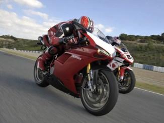 Ducati-1098-r-2008-042