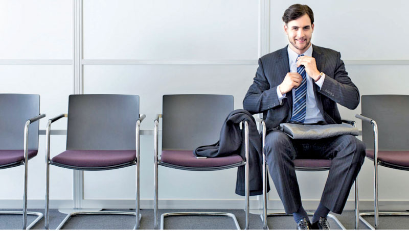 How early should you arrive for a job interview? Daily News