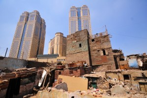 The administrative court revoked on Wednesday a decision by former Cairo Governor Abdel Qawi Khalifa to temporarily seize the informal residential area of Ramlet Boulak and relocate its residents.(Photo by: Hassan Ibrahim\File Photo)