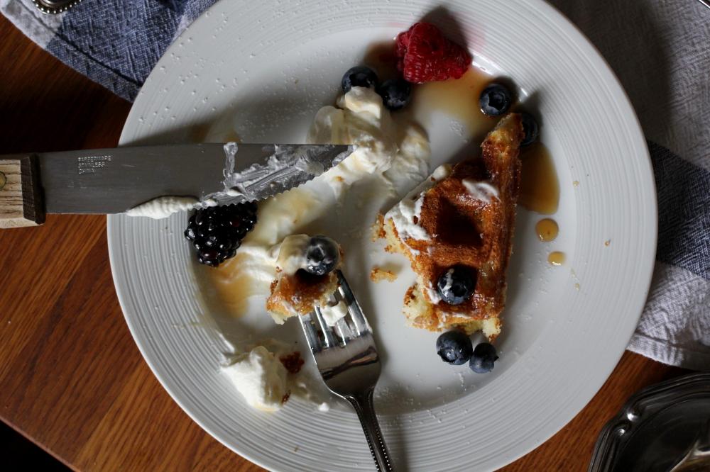 Real Belgium Waffles www.dailytiramisu.com